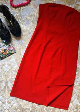 Красивое платье. 10-12 р-р(44-46)