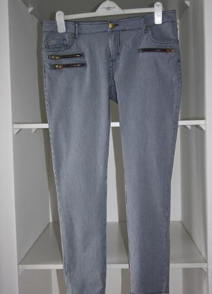 Актуальные зауженные джинсы скинни в мелкую полоску сигаретки ...