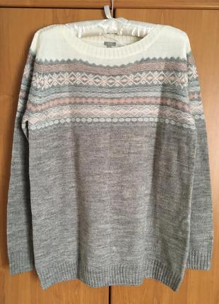 Свободный теплый свитер с шерстью