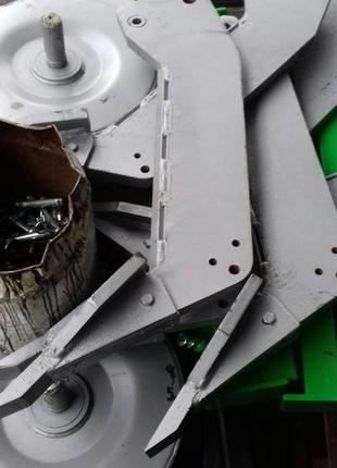 Глубокорихлитель BOMET 3 лапи і 2 колеса