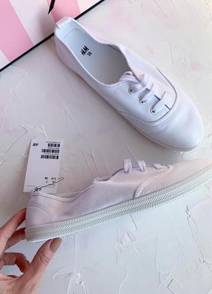 Белые кеды h&m, новые белые кроссовки макасины нм