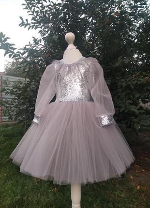 Серое праздничное платье для девочекнарядное