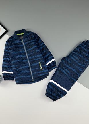Демисезонный, стёганный костюм мальчику на 2-3 года, рост 98 см