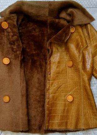 Тёплая кожанная куртка l