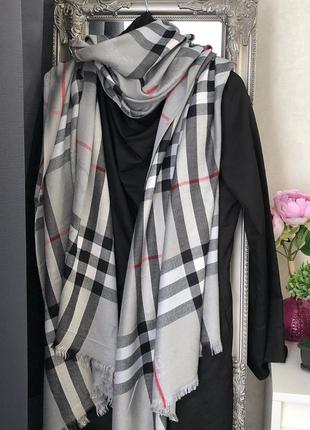 Очень красивый кашемировый палантин шарф шаль в стиле burberry