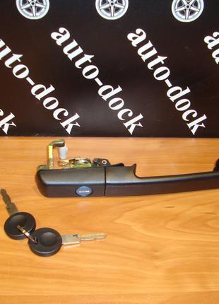 Ручка наружная передняя левая правая Фольксваген пассат б3