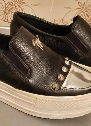 Продам женские демисезонные кожанные туфли слипоны на платформ...
