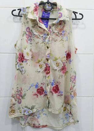 Милая цветочная блуза с воротничком