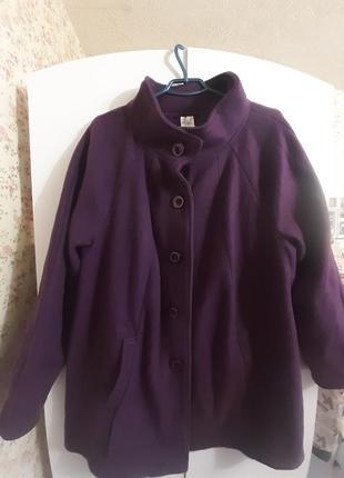 Пальто очень большого размера