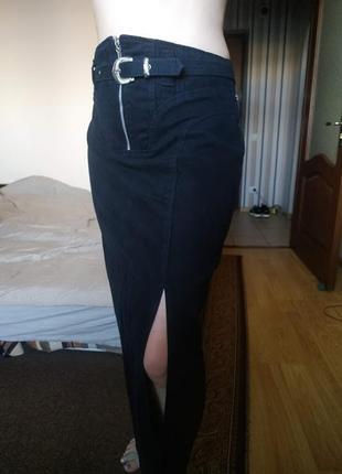 Черная длинная плотная юбка с распоркой на молнии 12-14 р