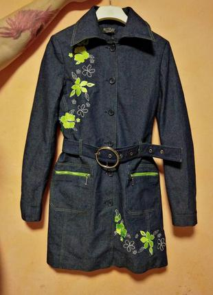 Шикарный джинсовый плащ, пальто с вышивкой