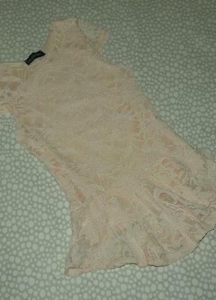 Нарядное кружевное платье 6-7 лет