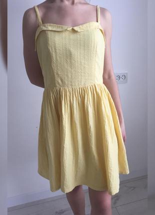 Платье, легкое платье, плаття модного жовтого кольору.