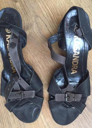 Туфлі, туфельки, кожаные босоножки-туфли.