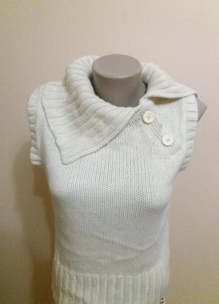 Модная теплая жилетка безрукавка свитер  на зиму  h&m 14 размер