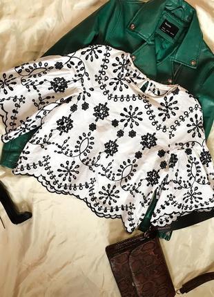 Нежная белая блуза с вышивкой zara
