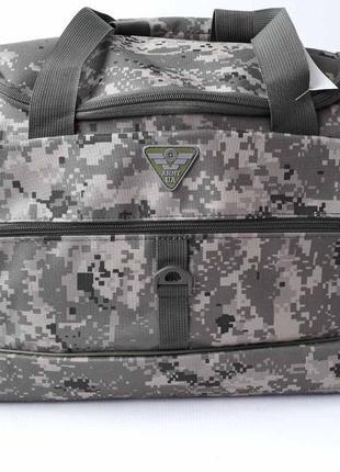 Вместительная камуфляжная сумка