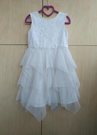 Нарядное платье primark на 5-6 лет