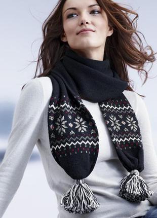 Шерстяной теплый шарф с норвежским узором и помпонами tcm tchibo