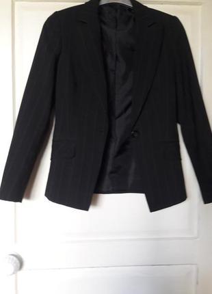 Черный пиджак классика
