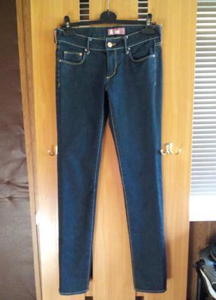 Супер джинсы зауженные  высокая посадка от h&m