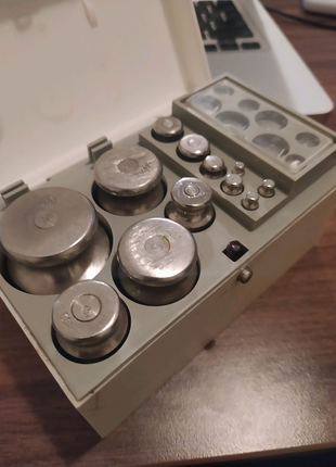 Комплект гирь Г-4-1111.10(СССР)