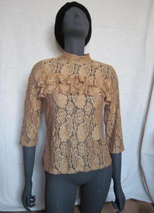 Горчичная кружевная блуза топ sisters point
