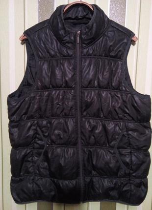 Женская жилетка 48 размер