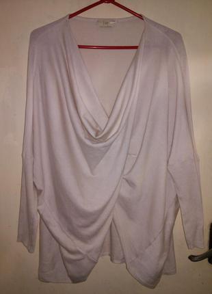 Тёплая,тонкой трикотажной вязки,нюдовая блуза,джемпер на запах...