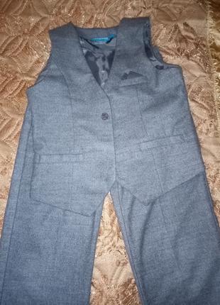 Продам костюм брюки и жилет