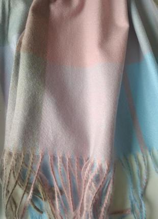 Красивый женский кашемировый шарф в клетку