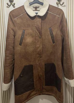 Куртка - дубленка ,пальто на молнии размер м-л