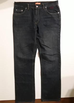 Фирменные джинсы 38 р