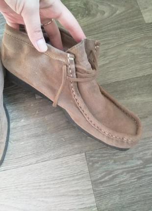 Замшевые сенние ботинки италия