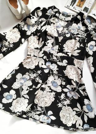 Черное платье в цветочный принт с длинным рукавом  missguided