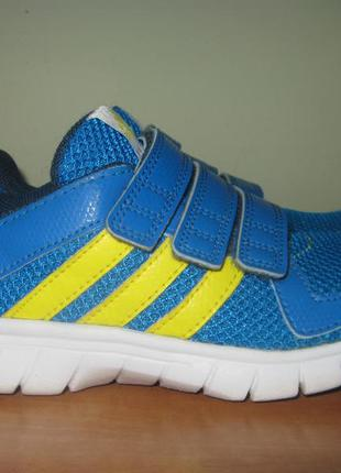 Кроссовки adidas р.32