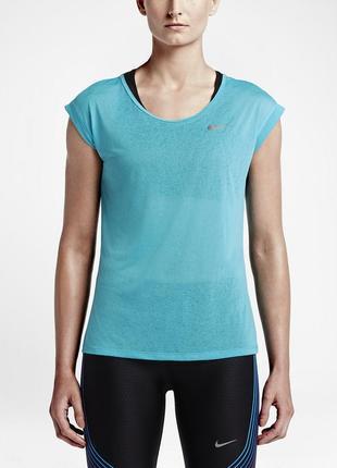 Фирменная легкая спортивная футболка nike dri-fit  оригинал