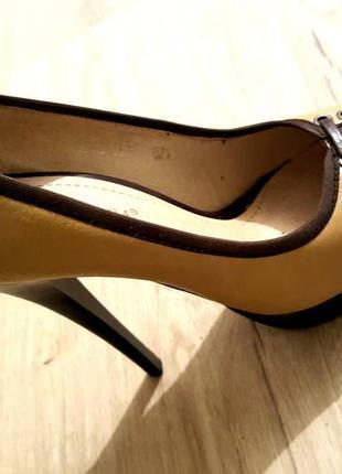 Туфли на узкую ножку