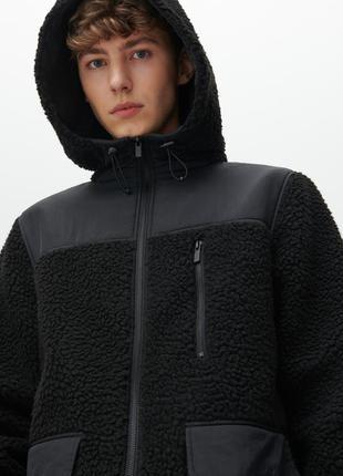 Новая демисезонная куртка reserved