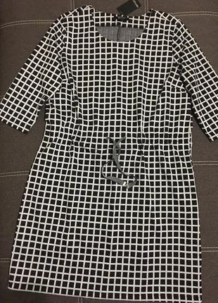 Стильное трикотажное платье в клетку esmara