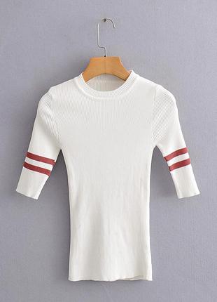 Женская трикотажная футболка