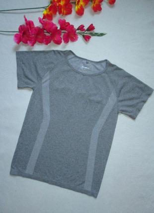 Безшовная спортивная термо футболка серый меланж workout