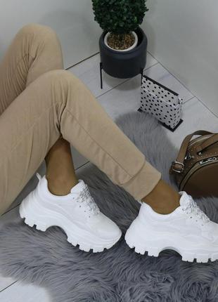 Белые массивные кроссовки на платформе,белые кроссовки на масс...
