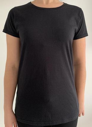 Футболка чорна жіноча, базовая чорная футболка.