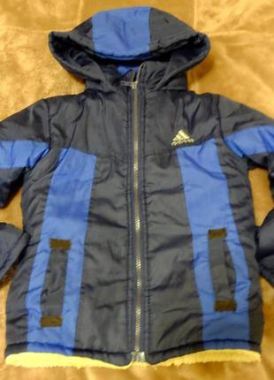 Куртка на мальчика 3-5 лет