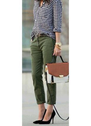Новые бриджи короткие брюки цвета хаки темно зеленого new look