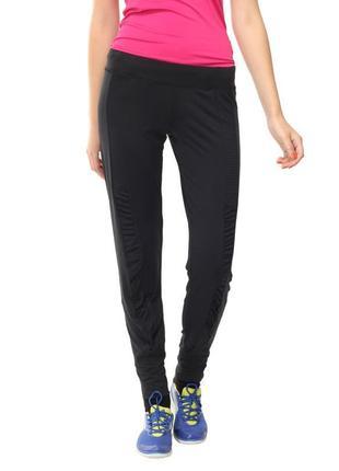 Шикарные спортивные брюки с манжетами и фактурными вставками a...
