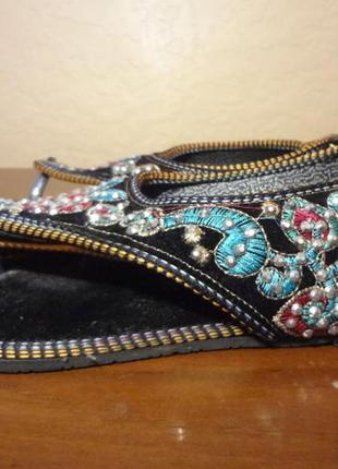Красивые сандалии в восточном стиле  king 37 размер
