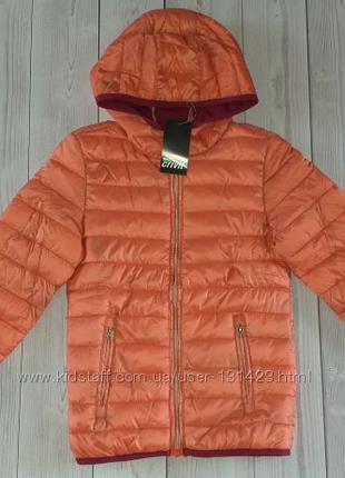 демисезонная куртка на девочку 128см,146см,158см.
