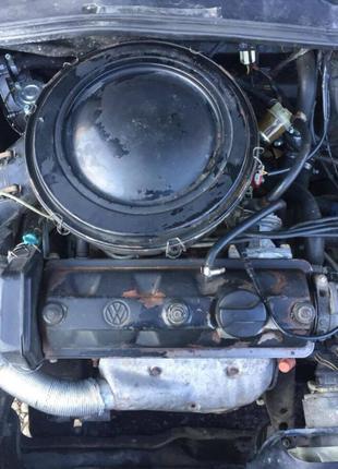 Б/у двигатель для Volkswagen Golf II 1,3 карбюратор